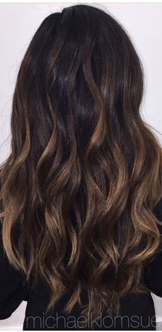 Brunette balayage by p. Hair Color Dark, Dark Hair, Hair Colour, Balayage Brunette, Brunette Hair, Balyage Hair, Bayalage, Hair Highlights, Copper Highlights
