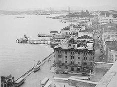 Visão de Florianópolis em 1952. A Ponte ao fundo da foto é a Hercílio Luz.