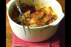 Kuře pečené na jablkách | Apetitonline.cz Slovak Recipes, Chicken Recipes, Chicken Meals, Poultry, Mashed Potatoes, Cooking Recipes, Meat, Ethnic Recipes, Apples