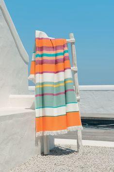 Fouta Pyla : 32 euros Summer Stripes, Striped Scarves, Tea Towels, Hand Weaving, Colours, Deco, Textiles, Fabric, Cabana