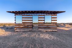 Lucid Stead Transparent Cabin The artist Phillip K Smith IIIrecently unveiled his latest installation in Joshua Tree, California. House Of Mirrors, Green Architecture, Architecture Design, Installation Architecture, Organic Architecture, Joshua Tree National Park, National Parks, National Forest, Cabana