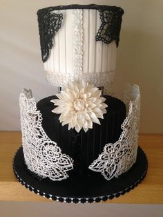 Black and white lace - Cake by Sweet House Cakes and Pastries