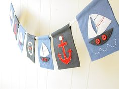 Love the bunting if I go for the nautical theme