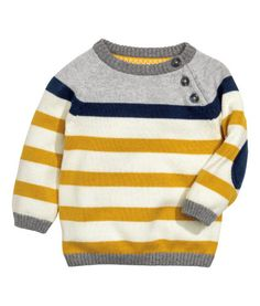 Fine-knit cotton sweater with raglan sleeves, buttons at front of one shoulder, and contrasting elbow patches. Kids Knitting Patterns, Knitting For Kids, Baby Knitting, Crochet Baby, Cute Outfits For Kids, Baby Outfits, Baby Kids Clothes, Diy Clothes, Cardigan Bebe