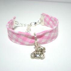 Bracelet enfant en tissu pour  fillette nounours tissu vichy rose