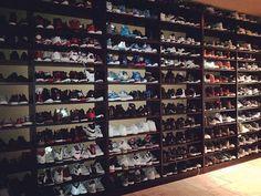 Stephen Jackson Has So Many Air Jordans That He's Giving Them Away Shoe Room, Shoe Wall, Shoe Closet, Sneaker Storage, Foot Games, Sneaker Games, Shoe Organizer, Closet Organization, Clothing Styles