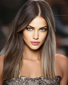 Beautiful Eyes, Simply Beautiful, Brunette Beauty, Hair Beauty, Color Castaño, Gents Hair Style, Cool Makeup Looks, Flawless Face, Wigs With Bangs