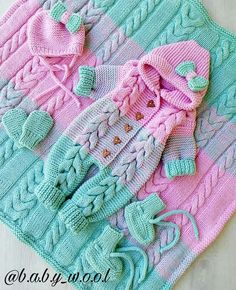 Baby Crochet Sets Yarns 54 Ideas For 2019 Loom Knitting Projects, Knitting For Kids, Baby Knitting Patterns, Baby Patterns, Crochet Patterns, Lidia Crochet Tricot, Knit Crochet, Knitted Baby Clothes, Crochet Clothes