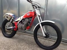 HONDA TLR 250 TRIALS R MOTOR TWIN SHOCK £4495 OFFERS For Sale (1985)