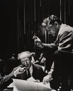 American composers Aaron Copland and Leonard Bernstein working together. Aaron Copland, Famous Musicals, Classical Music Composers, Leonard Bernstein, Ballet, Book People, Opera Singers, Artist Life, Concert Hall