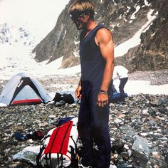 Mount Everest, Beautiful Men, Mountains, Nature, Travel, Mountain Climbing, Cute Guys, Naturaleza, Viajes