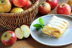 Mennyei almás rétes, ahogy Ausztriában készítik: ropogós tészta, csodás töltelék Apple, Fruit, Recipes, Food, Apple Fruit, Recipies, Essen, Meals, Ripped Recipes