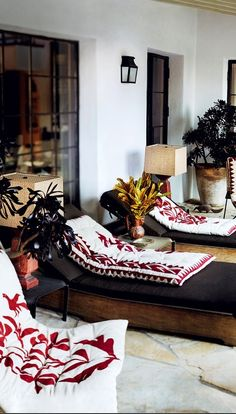 Photographer Mario Testino's home~Image © Mario Testino/ Vogue.