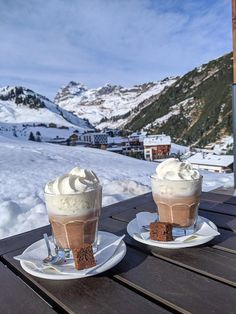 Op wintersport naar Pure Resort in Warth – Schröcken am Arlberg. Places To Travel, Places To Go, Christmas Mood, Holiday, Café Chocolate, Christmas Aesthetic, Travel Aesthetic, Winter Time, Dream Life