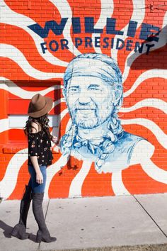 The most famous murals on South Congress in Austin Texas! You have 'gram these spots! Visit Austin, Austin Texas, Austin Murals, Austin City Limits, Down South, Summer Activities, Cool Photos, Youtube, Austin Food