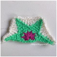 Atty's : Half Star Hexagon Crochet Pattern. To straighten the edges on the Star Hexagon Blanket.