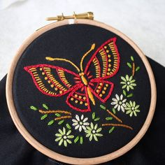 A little butterfly 🦋 embroidery Butterfly hoop art Diy Embroidery Kit, Hand Embroidery Dress, Hand Embroidery Videos, Wooden Embroidery Hoops, Butterfly Embroidery, Flower Embroidery Designs, Embroidery For Beginners, Embroidery Patterns, Butterfly On Flower