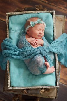 A beautiful package was delivered. newborn photography wilmington photographer vanessa g