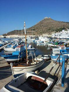 Porticciolo dei pescatori a Favignana (Isole Egadi)-Sicilia-