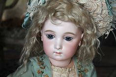 Wonderful Bebe Jumeau Long face Size 12 - Castellidoll