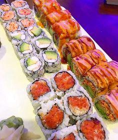 """3,375 Likes, 19 Comments - Sushi (@idream0fsushi) on Instagram: """"hey! #idreamofsushi credit: @whiskeyandaprons"""""""