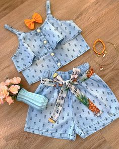 Frocks For Girls, Dresses Kids Girl, Cute Dresses, Baby Dress Design, Baby Girl Dress Patterns, Baby Boy Outfits, Kids Outfits, Cute Outfits, Baby Frocks Designs