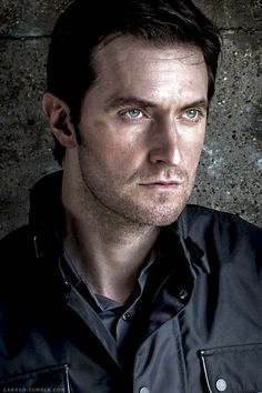 richard armitage reads north and south