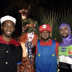 Marco Belinelli <3 and (Spurs) friends...LOL Manu's Buzz from Toy Story costume...PRICELESS!!!