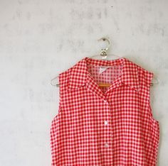 Vintage red gingham, circa 1950s. I know...I'm a total throwback.