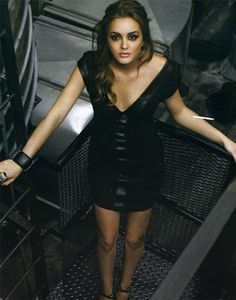 Leighton Meester. She is on my favorite show Gossip Girl. She is soooo gorgeous.