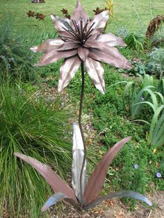 The OREsome Garden - Handcrafted Metal Sculptures - Home #gardensculptures