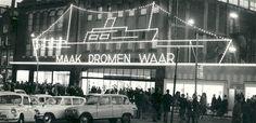 V&D 1964 jaar na de brand in sinterklaasverlichting