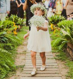 Inspiração de primavera: acessórios com flores. Vem ver mais!