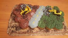 Construction birthday cupcakes