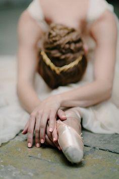 Jennifer Behr Eris Headband on Once Wed, ballet inspired wedding ideas from Amy Osaba
