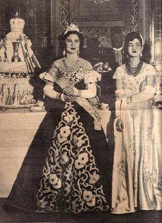 Queen Farida of Egypt and Princess Ashraf of Iran. Fawzia Fuad Of Egypt, King Queen Prince Princess, The Shah Of Iran, Arab Celebrities, Cairo Citadel, Egyptian Actress, African Royalty, Out Of The Dark, Old Egypt