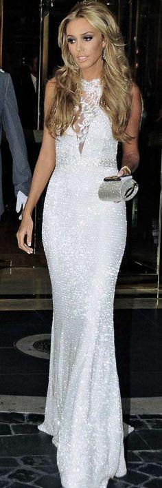 Petra Ecclestone looks beautiful in her wedding dress.