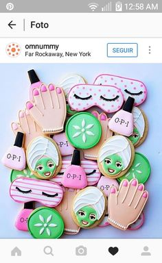17 Fabulous Spa Party Ideas - Pretty My Party - Party Ideas These 17 Fabulous Spa Party Ideas will have you planning the most relaxing day of pampering. Get spa birthday party ideas likes cakes, decorations and more. Spa Party Cakes, Spa Party Foods, Spa Day Party, Spa Cake, Girl Spa Party, Pamper Party, Diy Party, Kinder Spa Party, Soirée Pyjama Party