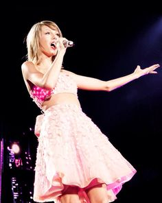 Taylor Swift #HYGTG