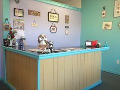 -Repinned-Bleu's bubbles pet salon front desk.