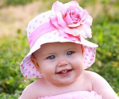 Dressy-Baby-Pink-Baby-Hat-with-Flower-600x500.jpg
