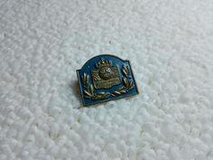 Vintage Sweden Swedish Military pin badge Military Pins, Soviet Union, Pin Badges, Sweden, Ebay, Vintage, Vintage Comics