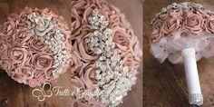 Bouquet gioiello con rose cipria