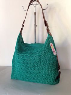 NEW BEYOND Hijau Tosca  //  Uk: 44 x 34 x 12 cm  //  IDR: 285K