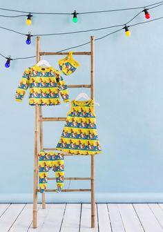 Liivihame (koot 50-128 cm), T-paita (koot 80-128 cm), potkuhousut (koot 50-80 cm) ja myssy (koot 38-74 cm) Metsoloiden mallistosta, SK 08/2014. Baby, Newborn Babies, Infant, Baby Baby, Doll, Babies, Infants, Child, Toddlers