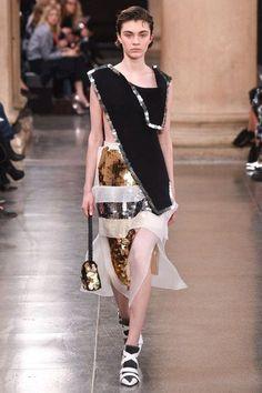Christopher Kane Autumn/Winter 2017 Ready-To-Wear Collection   British Vogue