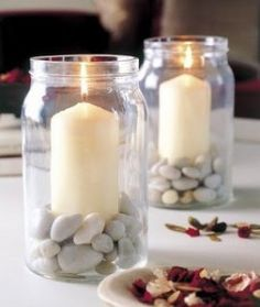 Table decoration for the summer late summer candlestick in jam jar pebbles - Trend Garden Decoration Candle Jars, Mason Jars, Jam Jar Candles, Mason Jar Candle Holders, Glass Jars, Candlesticks, Diy Home Decor, Diy And Crafts, Table Decorations