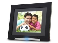 Does It Still Make Sense To Buy A Digital Photo Frame?