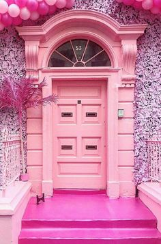 Front Door Paint Colors - Want a quick makeover? Paint your front door a different color. Here a pretty front door color ideas to improve your home's curb appeal and add more style! Entrance Doors, Doorway, Garage Doors, Entrance Ways, House Entrance, Cool Doors, Unique Doors, Front Door Colors, Door Knockers
