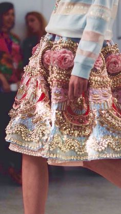 whore-for-couture: notordinaryfashion: Manish Arora S/S 2015-16 Haute Couture blog :)